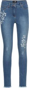 Bonprix bodyflirt dżinsy z kwiatowym haftem