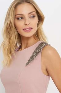 Różowa sukienka ORSAY midi z tkaniny bez rękawów