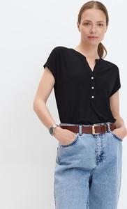 Czarna bluzka Mohito z dekoltem w kształcie litery v z krótkim rękawem