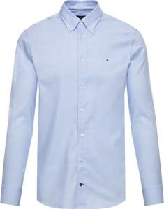 Niebieska koszula Tommy Hilfiger z kołnierzykiem button down z długim rękawem