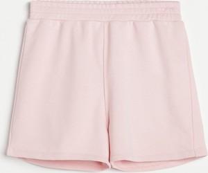 Różowe szorty Reserved w stylu casual