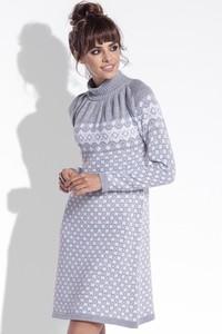 Sukienka TAGLESS z golfem w stylu skandynawskim w stylu casual