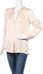 Bluzka Angela Davis w stylu casual z okrągłym dekoltem