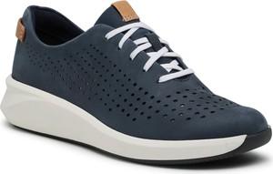 Buty sportowe Clarks z płaską podeszwą