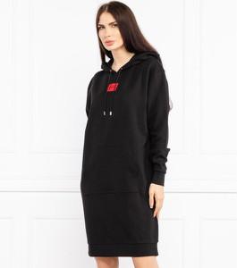 Sukienka Hugo Boss w stylu casual z długim rękawem mini