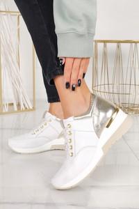 Buty sportowe Casu sznurowane na platformie ze skóry