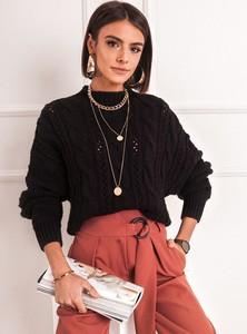 Czarny sweter SELFIEROOM w stylu casual