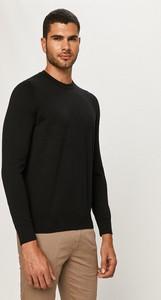 Czarny sweter Hugo Boss z dzianiny