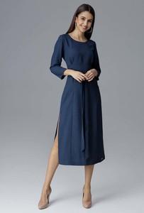 Niebieska sukienka Figl midi z długim rękawem