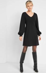 Czarna sukienka ORSAY z dekoltem w kształcie litery v w stylu casual z długim rękawem