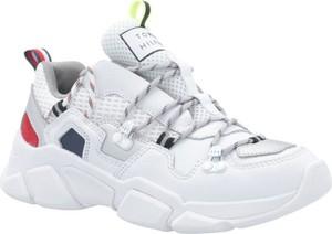 Sneakersy Tommy Hilfiger sznurowane na platformie