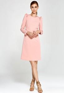 Różowa sukienka Nife z okrągłym dekoltem z długim rękawem prosta
