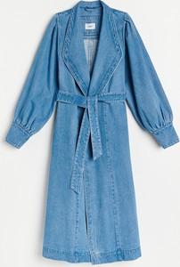 Niebieski płaszcz Reserved z bawełny w stylu casual