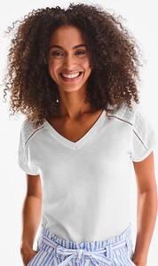 T-shirt YESSICA z krótkim rękawem z dekoltem w kształcie litery v
