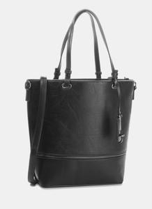 Czarna torebka DeeZee duża na ramię z breloczkiem
