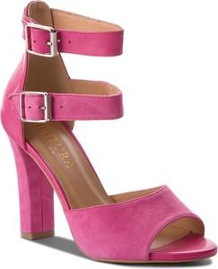 Różowe sandały Badura z klamrami na słupku
