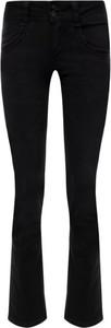 Czarne jeansy Pepe Jeans w street stylu