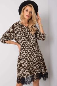 Sukienka Sheandher.pl z dekoltem w kształcie litery v w stylu casual z długim rękawem
