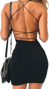 Czarna sukienka Sandbella mini z dekoltem halter z długim rękawem