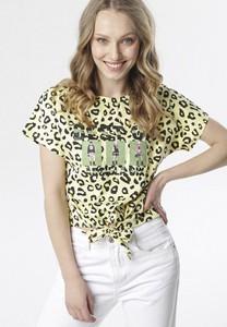 Zielona bluzka born2be z krótkim rękawem w młodzieżowym stylu