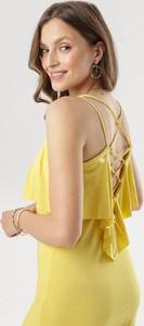 Sukienka born2be dopasowana w stylu casual z okrągłym dekoltem