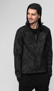 Czarna kurtka 4F z dzianiny w stylu casual krótka