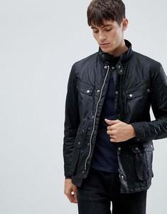 Czarna kurtka Barbour ze sztruksu w młodzieżowym stylu