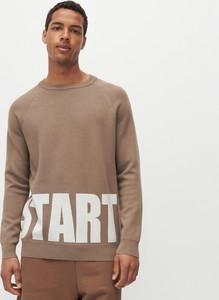 Sweter Reserved z nadrukiem