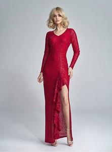 Sukienka Marselini z długim rękawem maxi dopasowana