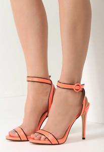 Sandały renee w stylu glamour na szpilce