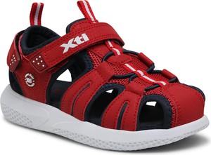 Czerwone buty dziecięce letnie XTI dla chłopców na rzepy