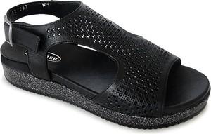 Czarne sandały Lanqier z płaską podeszwą w stylu casual ze skóry