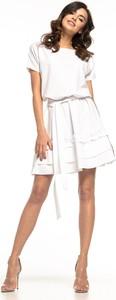 Sukienka Tessita z okrągłym dekoltem z krótkim rękawem