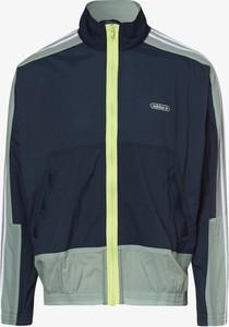 Bluza Adidas Originals w sportowym stylu z dresówki