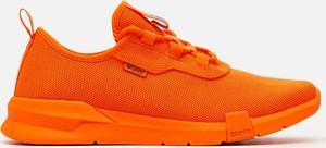 Pomarańczowe buty sportowe Cropp w sportowym stylu
