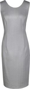 Sukienka Fokus z okrągłym dekoltem ołówkowa midi