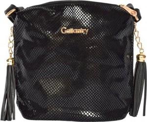 Czarna torebka Gallantry przez ramię z breloczkiem średnia