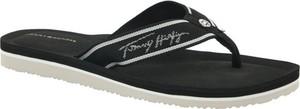 Czarne klapki Tommy Hilfiger z płaską podeszwą
