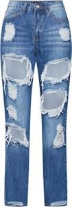 Niebieskie jeansy Missguided w street stylu