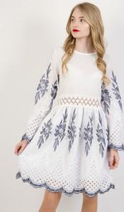 Sukienka Olika w stylu casual z okrągłym dekoltem mini