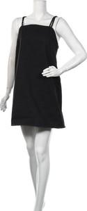 Czarna sukienka EDITED bez rękawów mini z okrągłym dekoltem