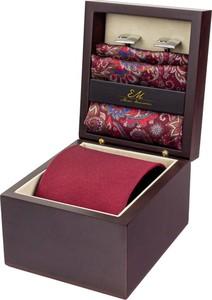 Zestaw ślubny dla mężczyzny klasyczny w kolorze bordowym: krawat + poszetka + spinki zapakowane w pudełko EM 39