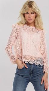 Różowa bluzka Renee z okrągłym dekoltem w stylu boho