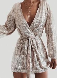Sukienka Arilook kopertowa mini z dekoltem w kształcie litery v