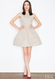 Sukienka Figl