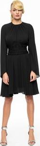 Aneta kręglicka x l'af czarna sukienka z dwustronnym pasem ak etno 1