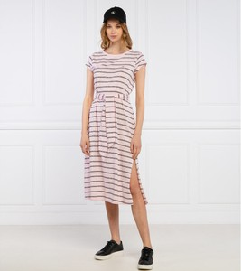 Sukienka Tommy Jeans z okrągłym dekoltem