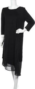 Sukienka Hammock & Vine midi z długim rękawem