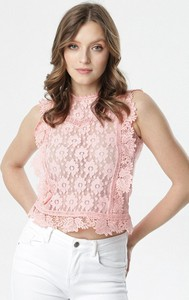 Różowa bluzka born2be z okrągłym dekoltem