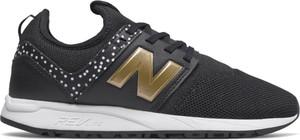 Buty sportowe New Balance w młodzieżowym stylu z płaską podeszwą